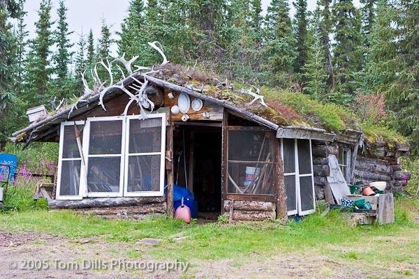 Gracious House Lodge and Flying Service, Denali Highway, Cantwell, Alaska